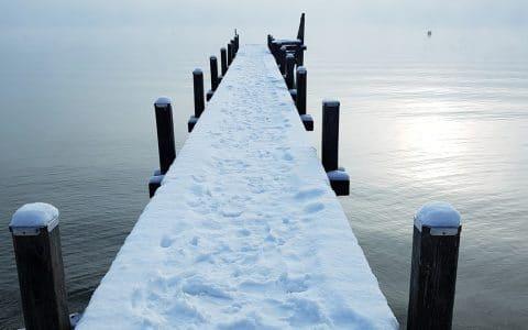 Steg Winter Schnee